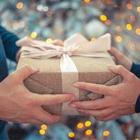 подарок по дате рожденья
