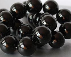 гагат черный агат камни обереги